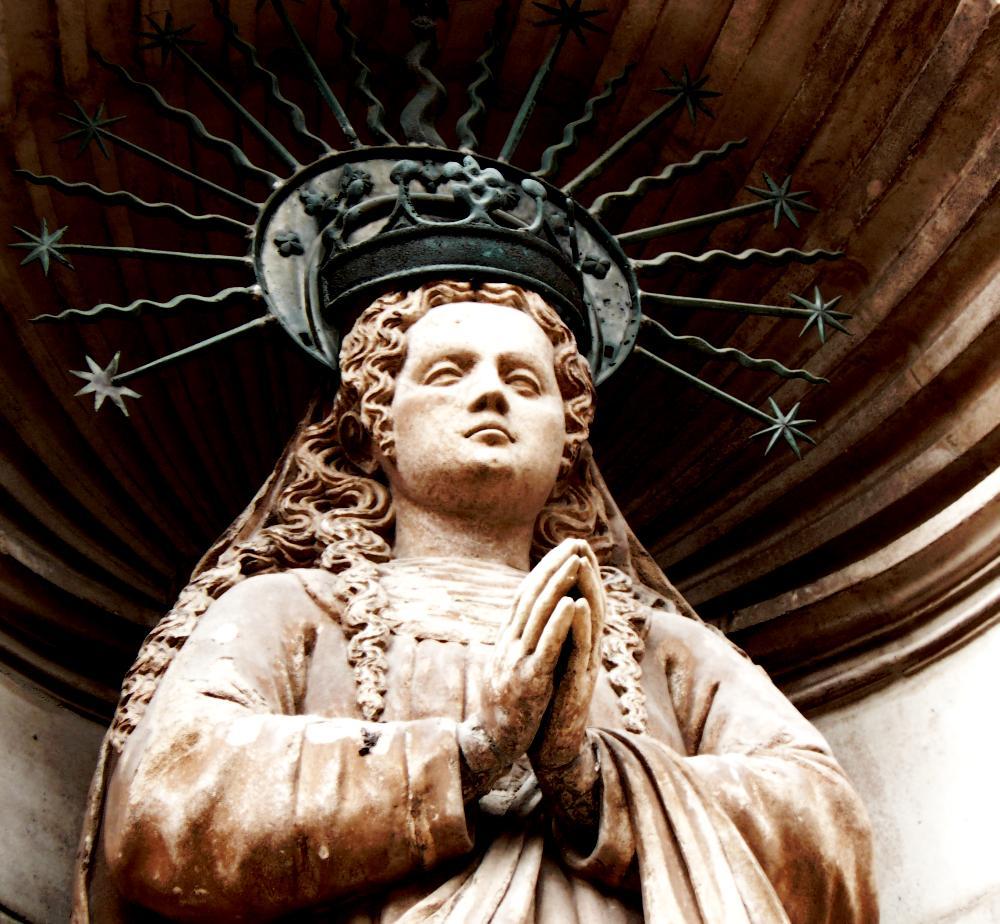Wie beim normalen D&D erhalten Priester durch Gebete und Verehrung der Götter Zugang zu ihren Zaubern.